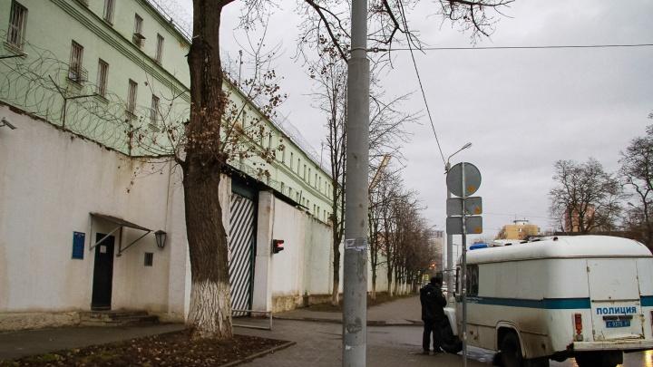 Бил молотком и лопатой: в Константиновске осудят юношу, жестоко расправившегося с пожилой парой