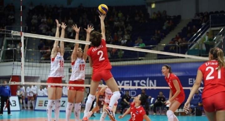 Вторая победа подряд: женская сборная России по волейболу обыграла Турцию на Кубке Ельцина
