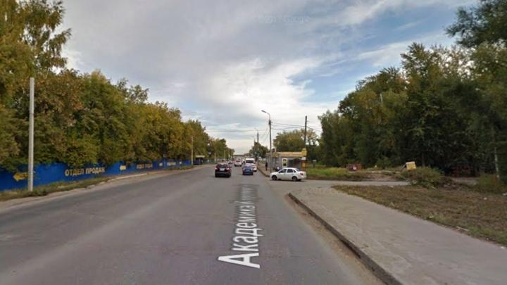 «Пассажир смог выправить руль»: появились подробности о смерти таксиста на Королёва