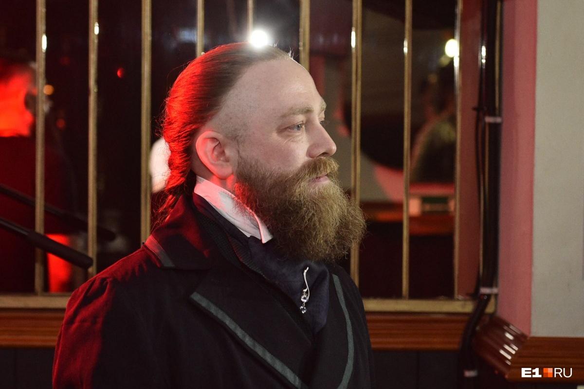 Этот элегантный мужчина — Вячеслав Шитов