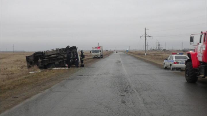 На зауральской трассе перевернулся автомобиль жителя Челябинской области