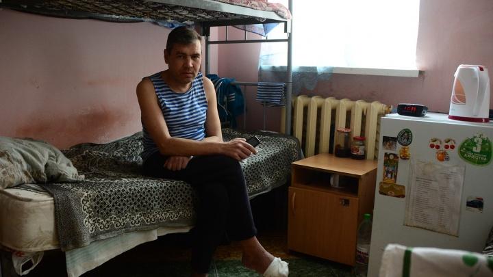 «Пришёл домой — замки другие»: истории трёх людей, которые остались без квартиры