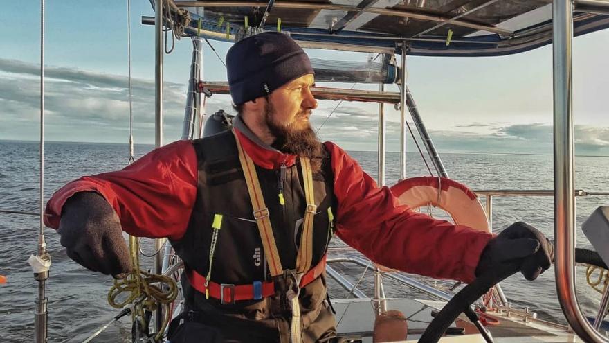 Участник кругосветной экспедиции в Антарктиду вернулся в Омск. Он не смог перенести качку