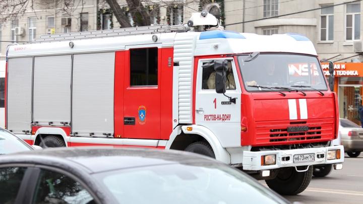 В Ростове на Мадояна сгорел частный дом