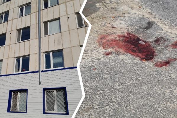Очевидцы сообщают, что бездыханное тело женщины обнаружили у здания больницы рано утром в среду