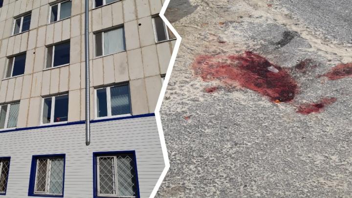 Пациентка тобольской больницы разбилась насмерть, выпав из окна