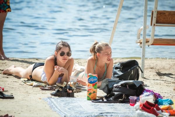 С такой жарой челябинцы уже очень скоро смогут открыть купальный сезон