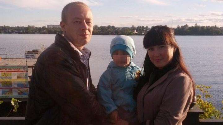 """""""Когда его вытащили, сердце билось"""": родители и тренер утонувшего в Тагиле мальчика рассказали о трагедии"""