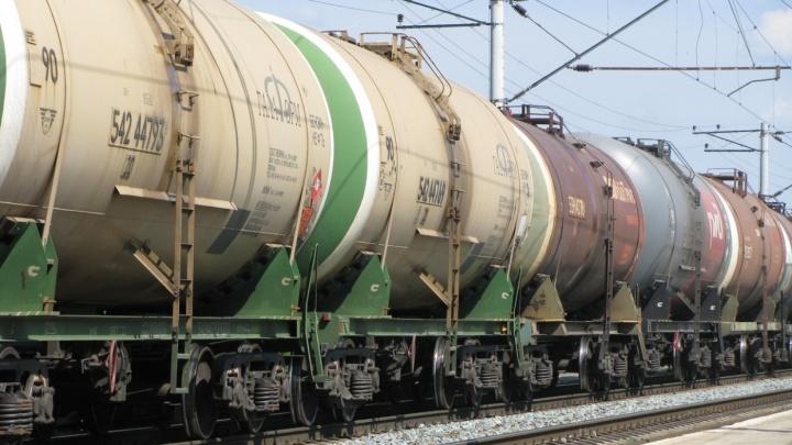 В Волгоградской области молодой мужчина попал под поезд