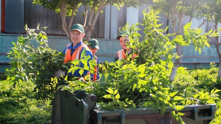 Дети сотрудников пермского «УРАЛХИМа» попробовали поработать на заводе