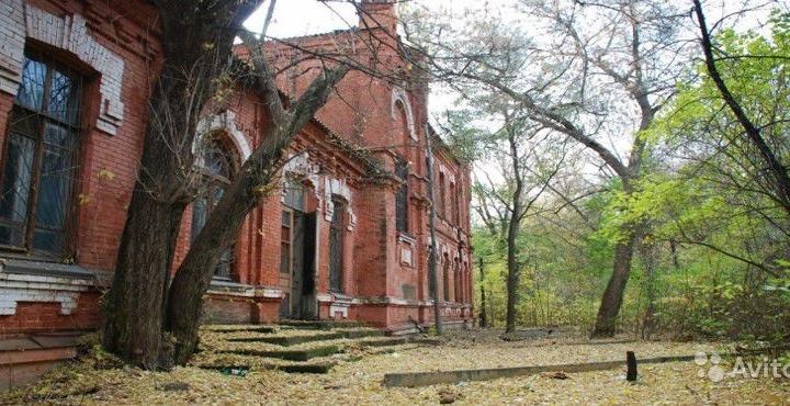В Волгограде на аукцион выставлена бывшая железнодорожная больница