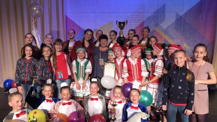 «Поедем за миллионом в Москву»: волгоградские танцовщицы взяли Гран-при в Сочи