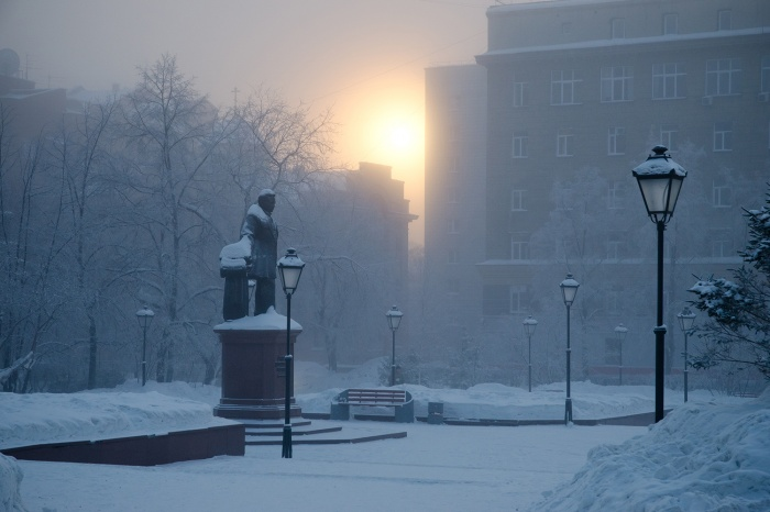 Город треснул на морозе (фотоигра)