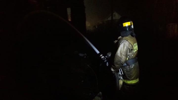 Крупный пожар в Башкирии: в огне погибли два человека