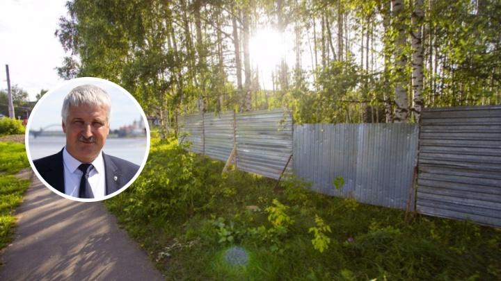 «Устроим второй Екатеринбург!»: бунтующие против часовни в роще рыбинцы докричались до властей