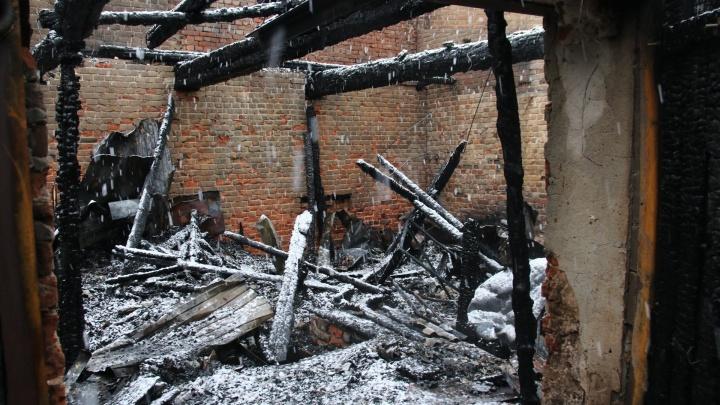 Пожар на месте будущей стройки: дома на Самарской, 109 расселял СОФЖИ
