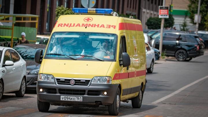 Превысил скорость: в аварии в Ростовской области пострадали восемь человек