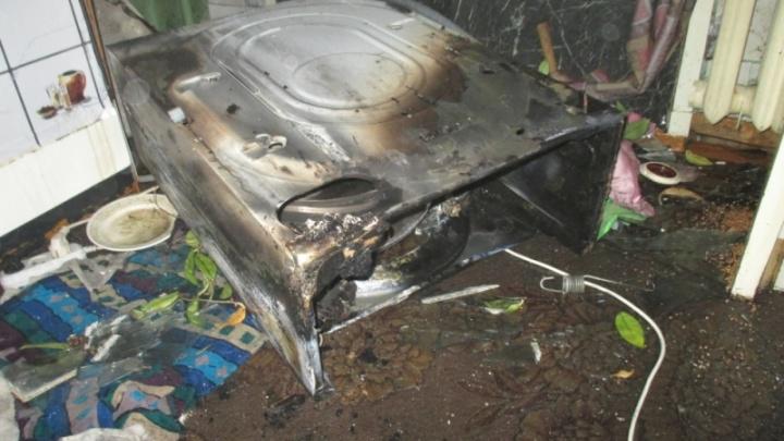 Спасатели выламывали дверь: на Липовой горе загорелась работающая стиральная машина