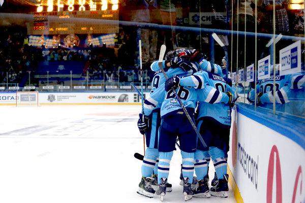 Хоккей: «Сибирь» вырвала победу у череповецкой «Северстали»
