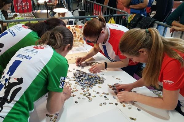 Участники команды устраивали 12-часовые мини-марафоны, чтобы подготовиться к чемпионату