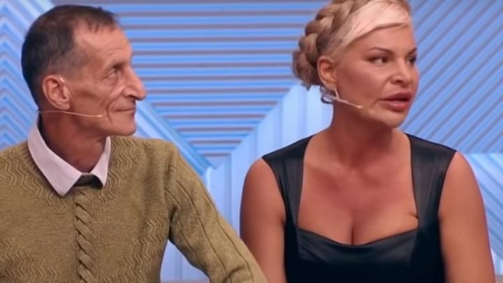 Ростовчанка Элина Ромасенко пожаловалось в студии «Пусть говорят», что у нее хотят отобрать ребенка