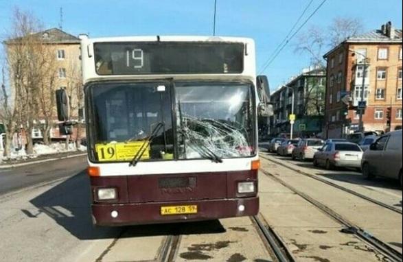 В Перми автобус сбил мужчину возле пешеходного перехода