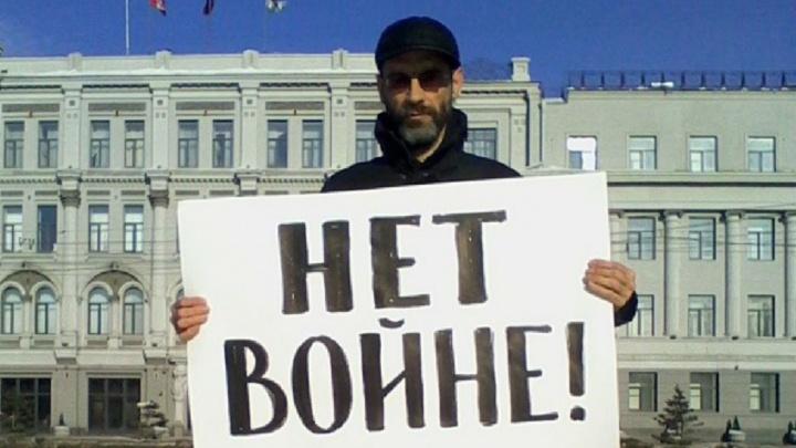 Омский облсуд признал законным обыск в квартире журналиста Виктора Корба