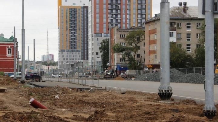 В Перми на улице Революции открыли движение транспорта по одной полосе