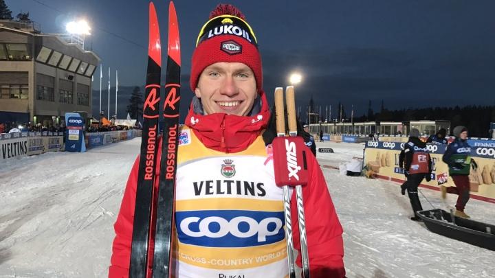 Король финского этапа Кубка мира: тюменский лыжник Александр Большунов начал сезон с двух побед