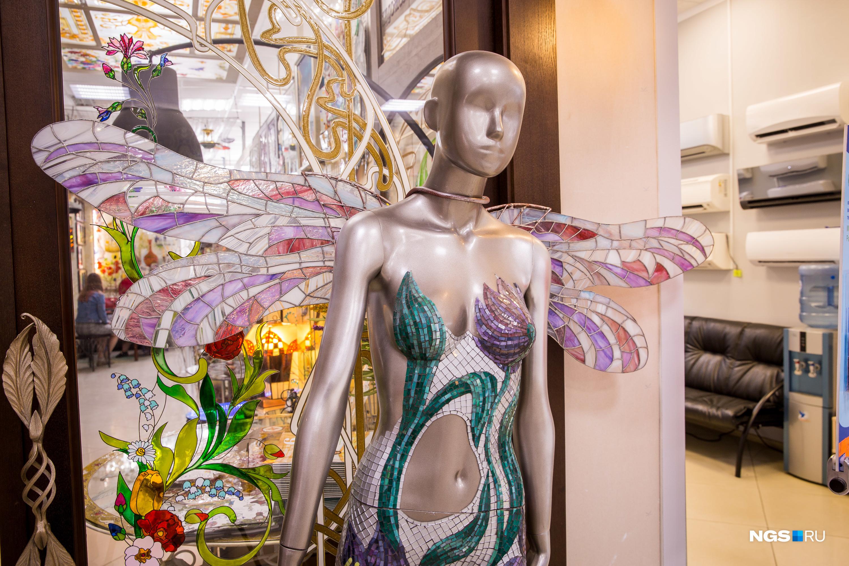 Но пока что галерея в центре Новосибирска — это только мечта