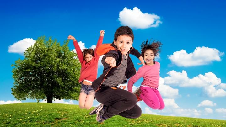Детское лето 2018: чем занять ребенка во время каникул