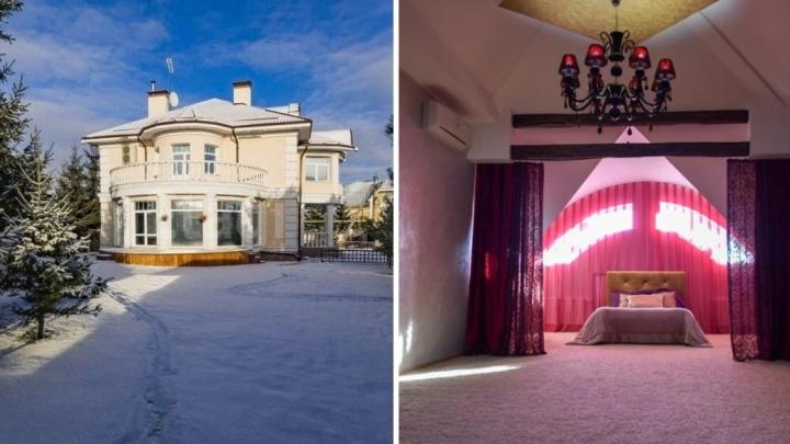 На Цыганской улице за 28 миллионов продают особняк в стиле «элегантная классика русского поместья»