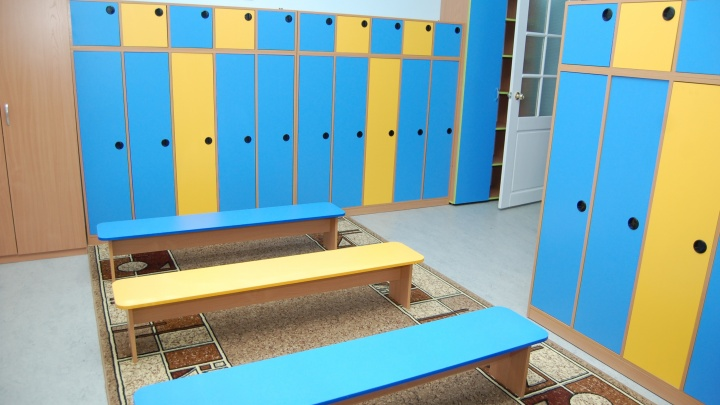 Прокуратура отсудила у мэрии Новосибирска 250 тысяч из-за упавшего на ребёнка шкафа