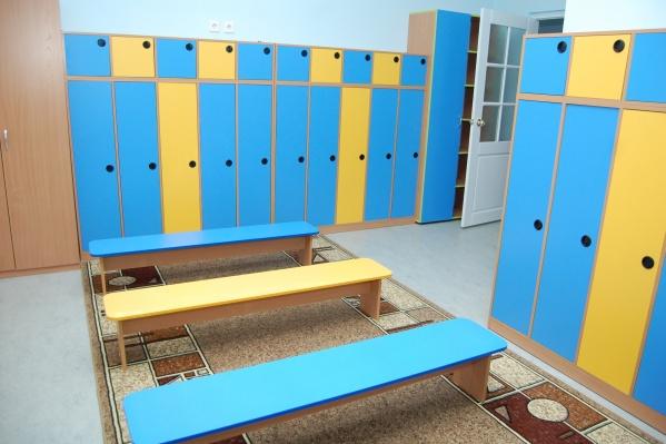 На 8-летнего мальчика рухнул шкаф в детском лагере
