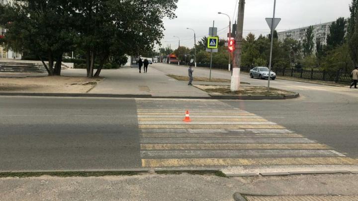 В Волгограде водитель «Нивы» сбил школьника на переходе и удрал с места аварии