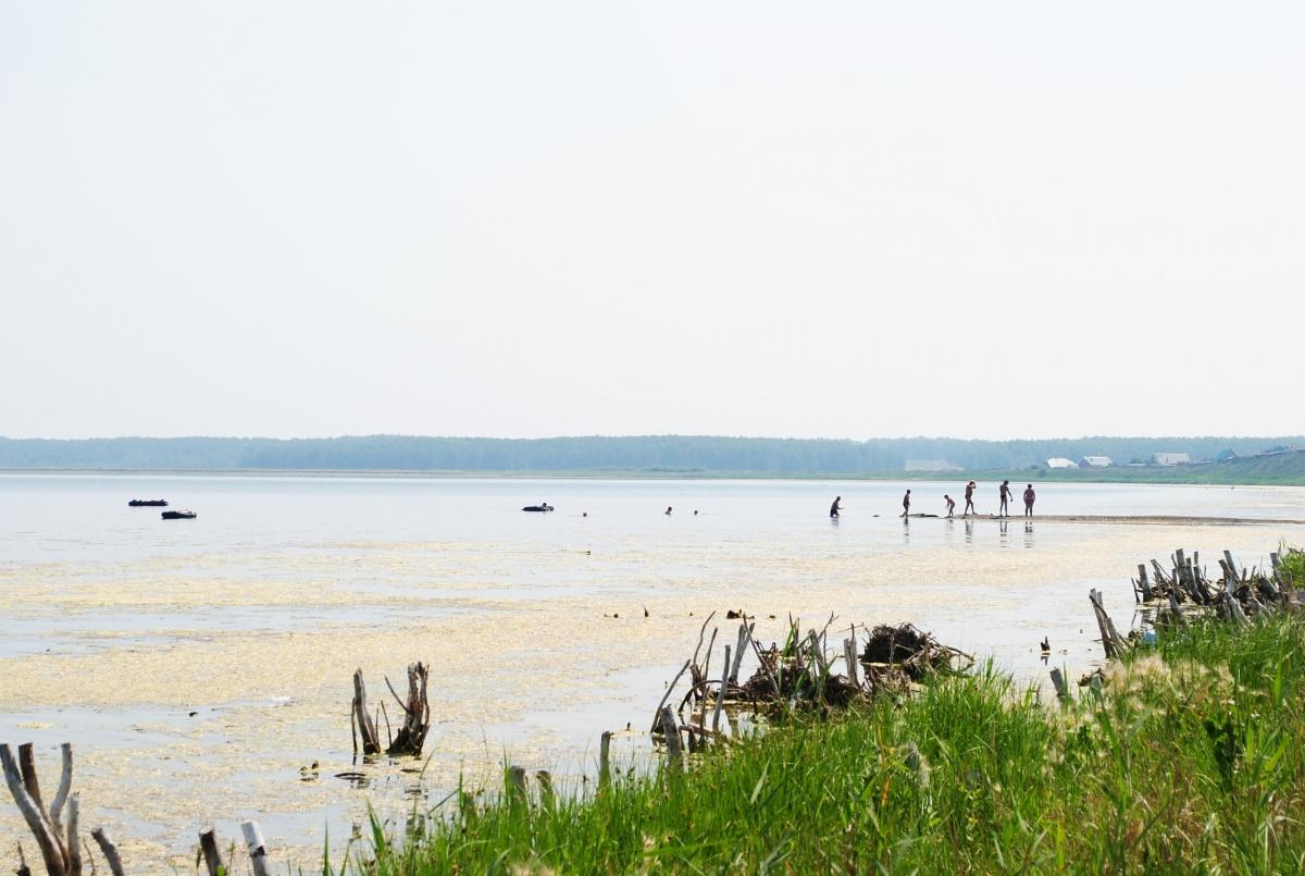 На озеро Шантропай любят приезжать не только южноуральцы, но и жители соседних регионов. Его грязь считается лечебной