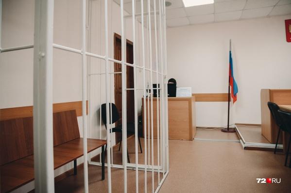 Игоря Шебеко и его подчиненных обвиняли в заключении контрактов без проведения аукционов.После серии приговоров, апелляций и кассаций суд признал бывшего чиновника невиновным