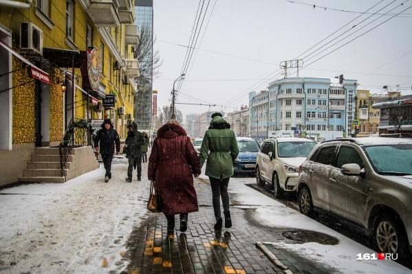 Снег и дождь превратят тротуары Ростова в кашу