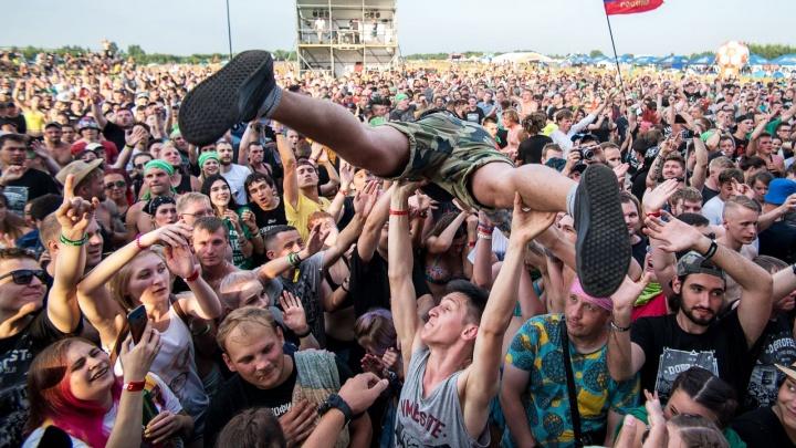 Отпуск на рок-фестивале: рассказываем, зачем туда ехать и чего ждать