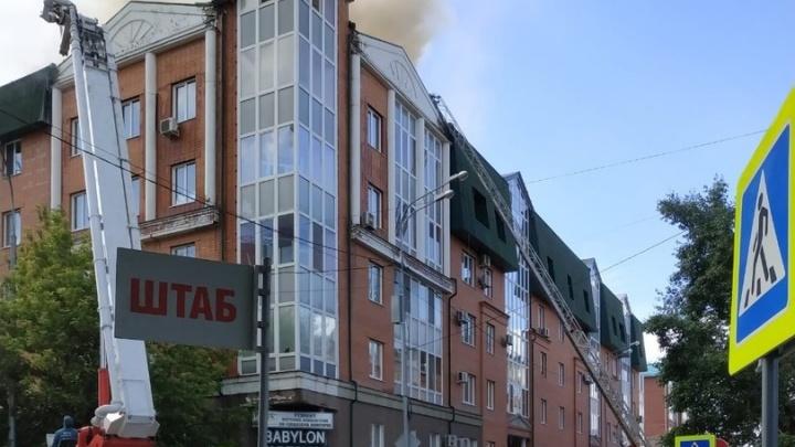 Осудили 21-летнего тюменца, устроившего пожар в элитной многоэтажке на Хохрякова