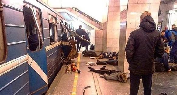 Город будто парализован: екатеринбуржцы рассказали о теракте в петербургском метро