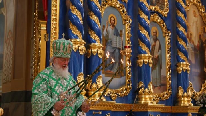 Патриарх Московский и всея Руси Кирилл освятил Успенский собор в Сарове