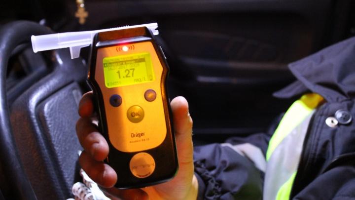 По наводке бдительных очевидцев в январе остановили 9 пьяных водителей