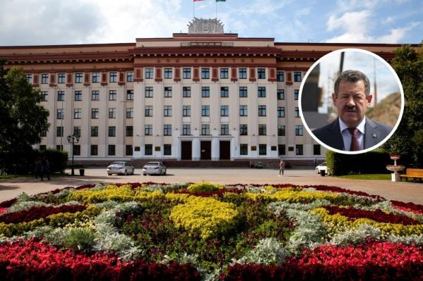 В Тюмени сегодня подсчитали голоса на выборах депутата областной думы. Победил Николай Руссу