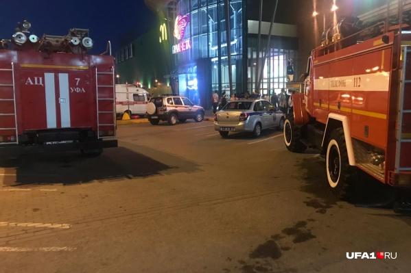 Спасатели вывели посетителей из 9 залов кинотеатра