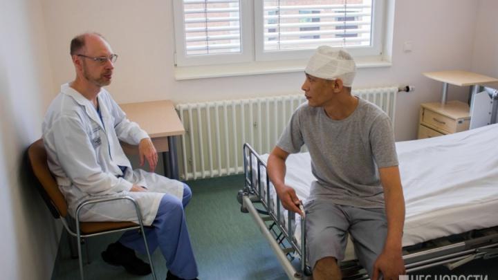 «Не мог даже шапку надеть»: врачи спасли магнитогорского рабочего с фиолетовой головой