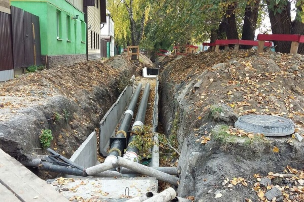 Тюменцы заждались появления тепла в квартирах, но ремонтные работы теплосетей завершены еще не везде