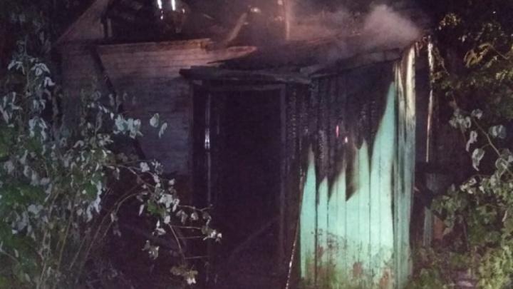 Причины устанавливаются: в пожаре на левом берегу Архангельска погибли три человека