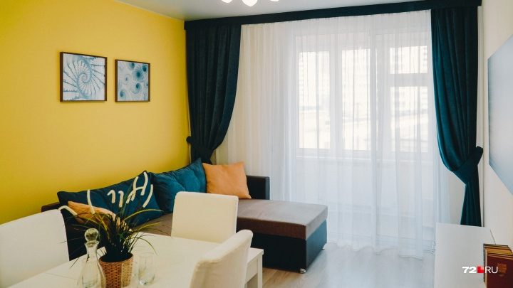 Сколько лет копить людям разных профессий, чтобы купить квартиру в Тюмени без ипотеки