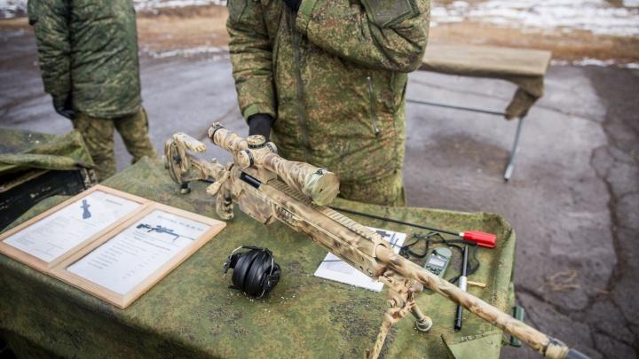 Новосибирские спецназовцы со снайперскими винтовками стали лучшими в округе